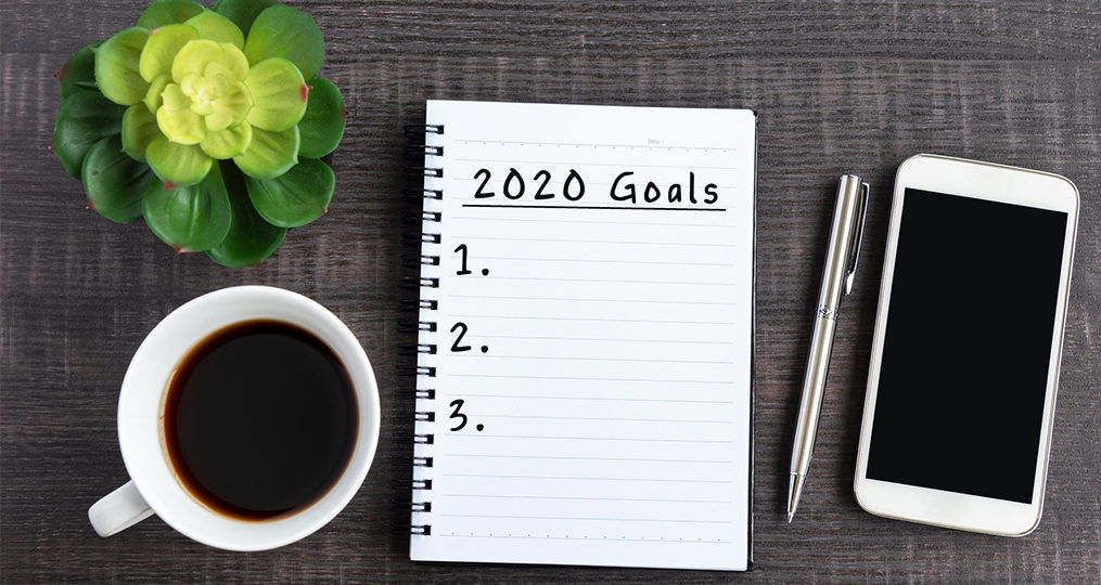 Commit to Getting Financially Fit in 2020_to do list on coffee table