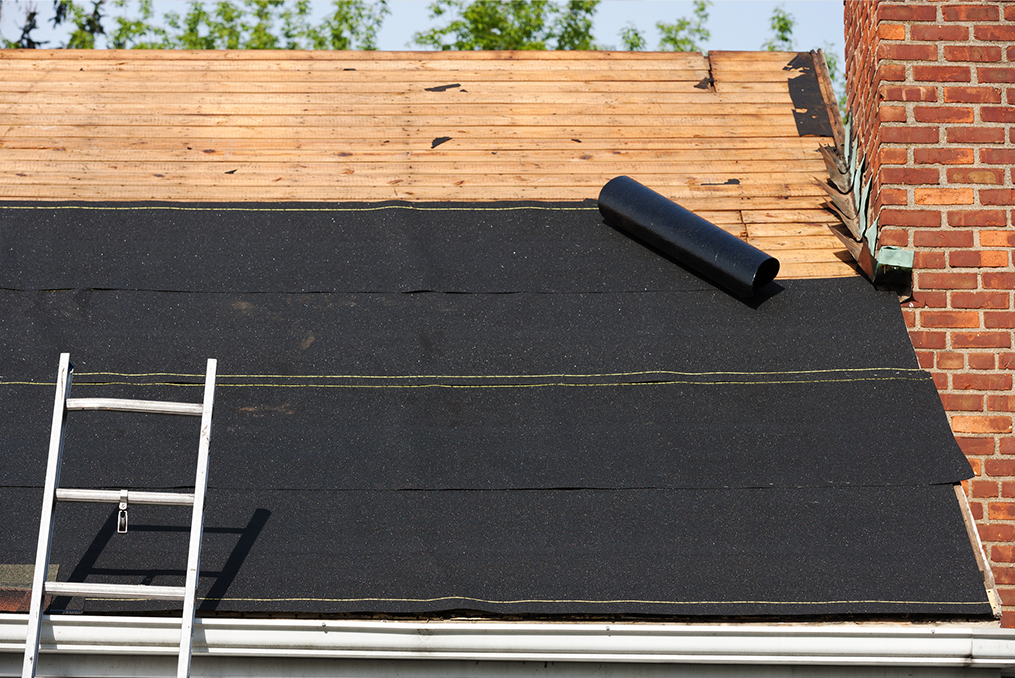 7 Home Improvements That Can Increase the Value of Your House in Oregon_replacing roof in oregon