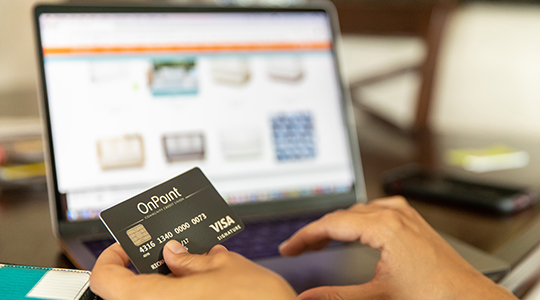 making an online purchase with signature rewards credit card