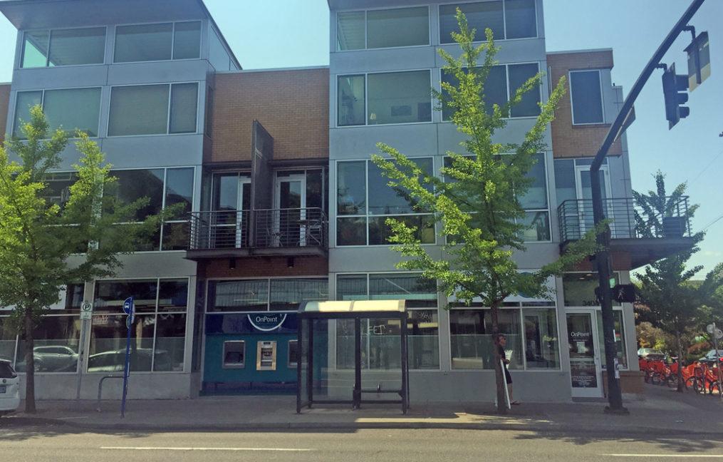 Hawthorne Branch Exterior