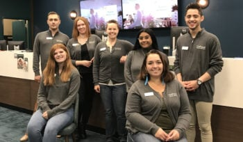 Tualatin Branch_team photo in front of teller row