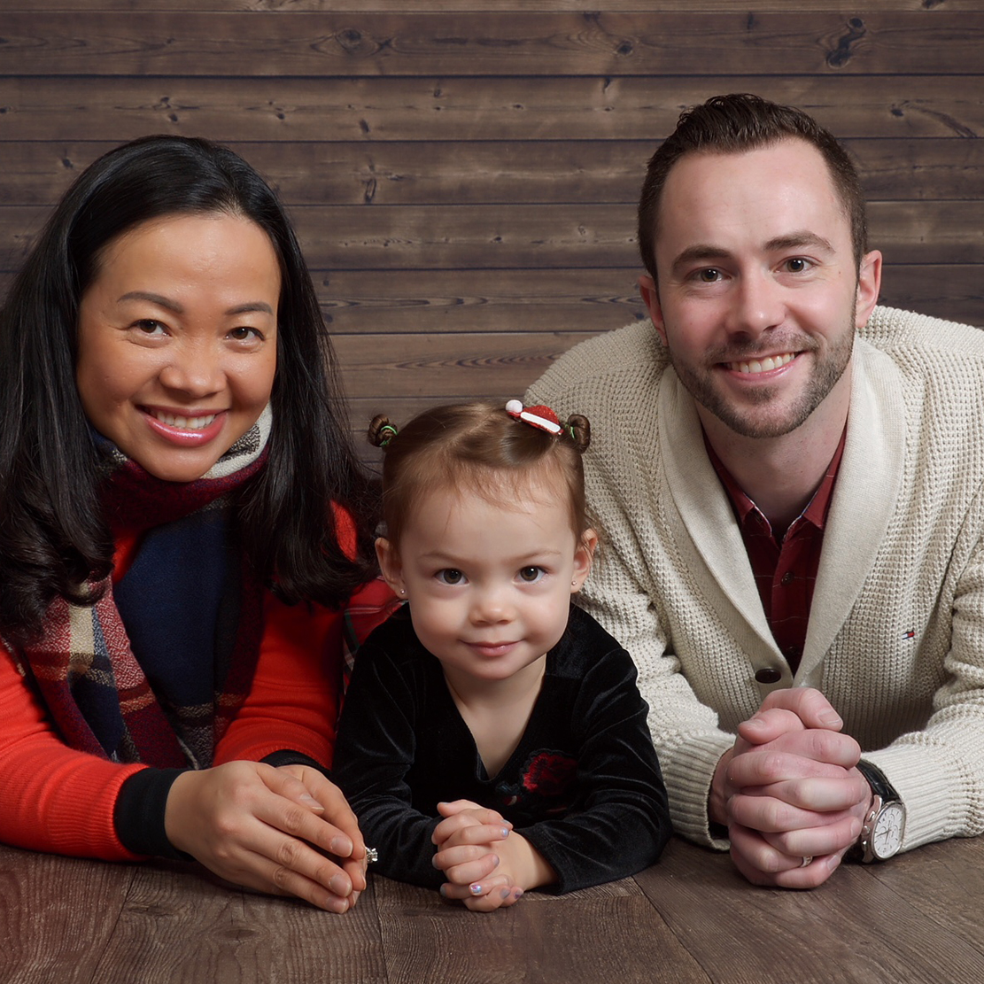 Jason Hinkle with his family in a holiday portrait