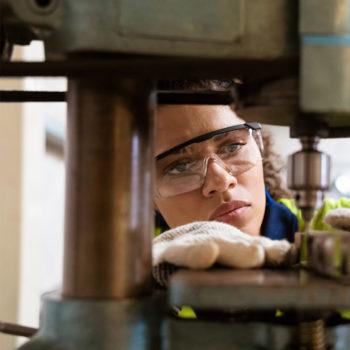 Practical College Alternatives_apprenticeship