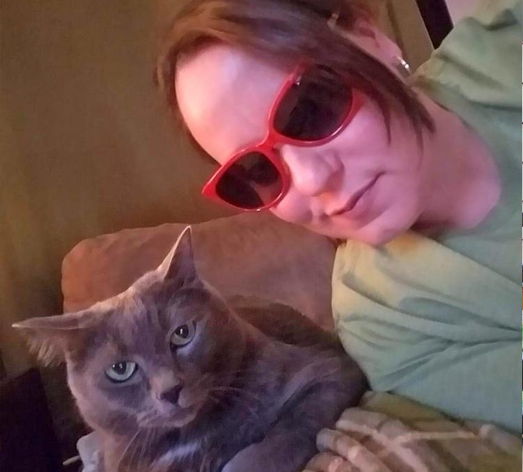amanda and her cat